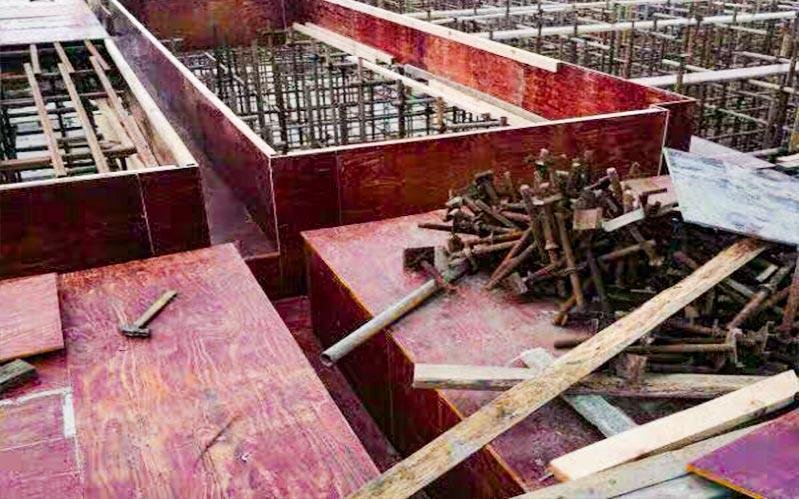 建筑模板在使用中